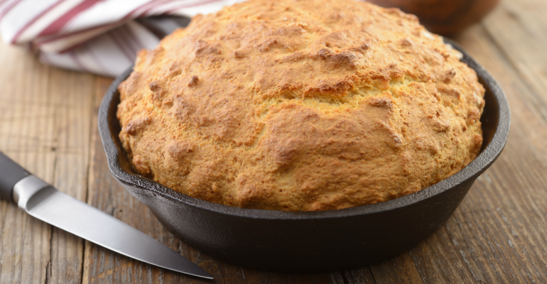 5 delicious vintage recipes skillet cornbread